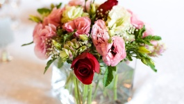 Wedding Centerpieces that Match your Wedding Theme