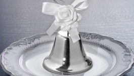 Traditional 25th Wedding Anniversary Gifts: 25th Wedding Anniversary Gifts & Other Ideas