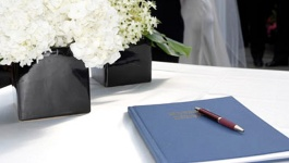 Fun and Different Wedding Guest Book Ideas