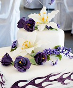Your Top Wedding Cake FAQs